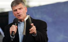 franklin-graham_800x500