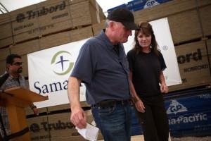 Sarah+Palin+Visits+Haiti+Franklin+Graham+Samaritan+JkrjmR0wPTXx