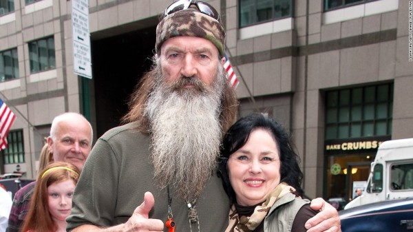 131227182934-phil-robertson-01-1227-horizontal-large-gallery