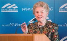 Phyllis_Schlafly_3