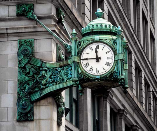 marshall-fields-clock