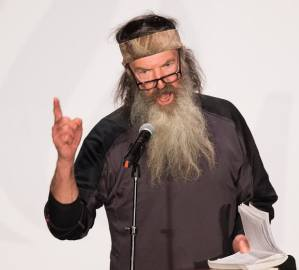 phil-robertson-defends-trump-47ebce26-aa38-45f3-b29b-de1be728d6ba