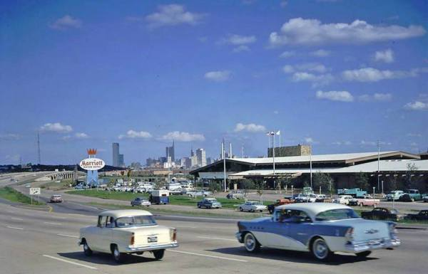 fifties-cars-highway