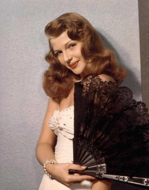 3-rita-hayworth-ca-1940s-everett