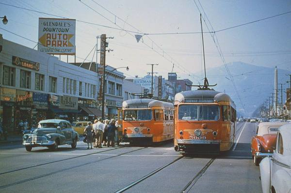retro-cars-streetcars