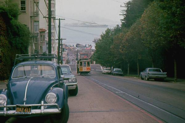 san-francisco-retro-car